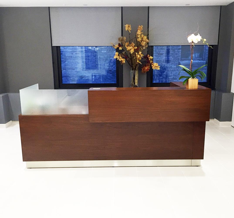 Kubist Reception Desk Arnold Contract