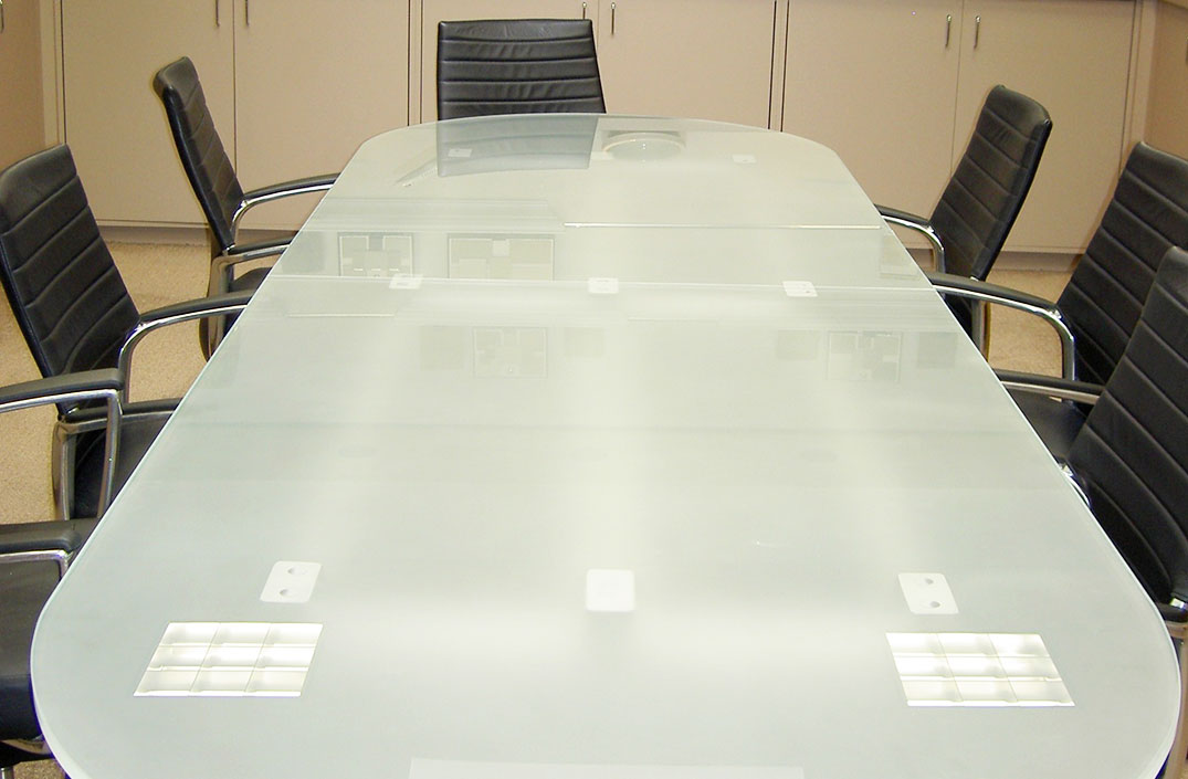 Glass Top Arnold Contract