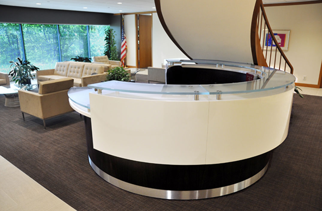Kubist round reception desk