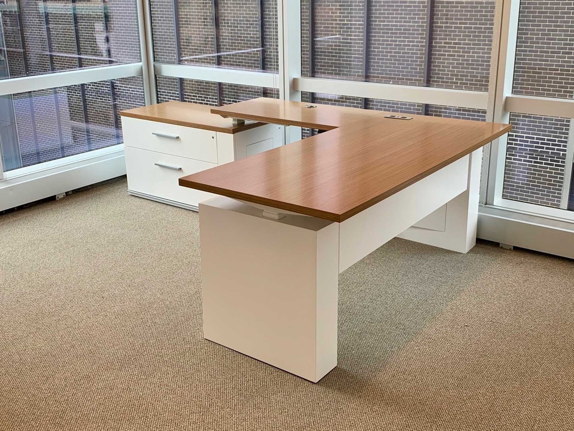 Konnect adjustable height sit-to-stand private office desk
